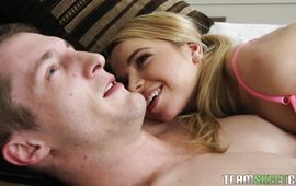 Sweet Alina West helps buddy get a wood