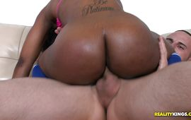 Round And Brown Sexy Big Ass Porn