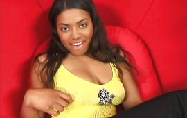 Pretty brown-haired cutie Safire Flamez and a dude she is secretly in love with are having a great time