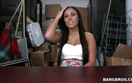 Dishy playgirl Gianna Nicole is horny and enjoys sucking a huge tool