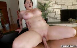 Glorious Noelle Easton stands in different poses getting nailed
