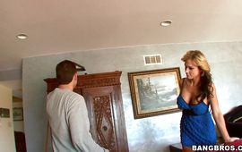Aroused blond Nikki Sexx gets intensely impaled on a hard tool