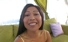 Lovable oriental Maxi gives one hot oral pleasure