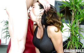 Sultry breasty Franceska Jaimes eagerly impales her love tunnel on a hard lever