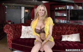 Stupefying golden-haired Julia Ann with massive tits got banged during a job interview 'cuz she wants to be a pornstar